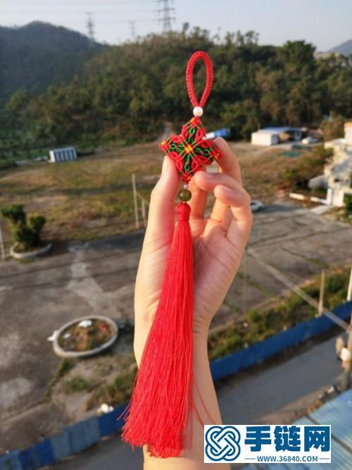 玉线小香包挂饰的编制方法