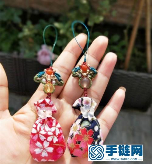 中国结蜡线南红珠珍珠香包挂饰的详细编制方法