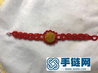 创意编绳饰物_红绳玫瑰花手绳的编法方法