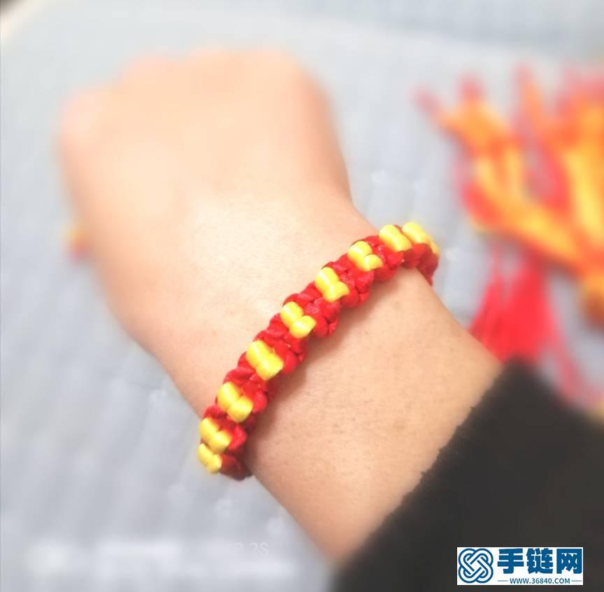 金豆红绳手链