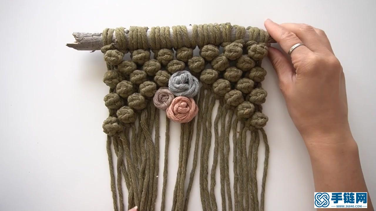 Macrame编织多彩玫瑰花朵装饰小挂毯