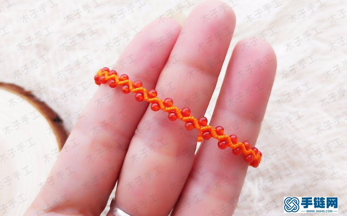 她做了这样一款波浪串珠手链,比你花钱买的都好看