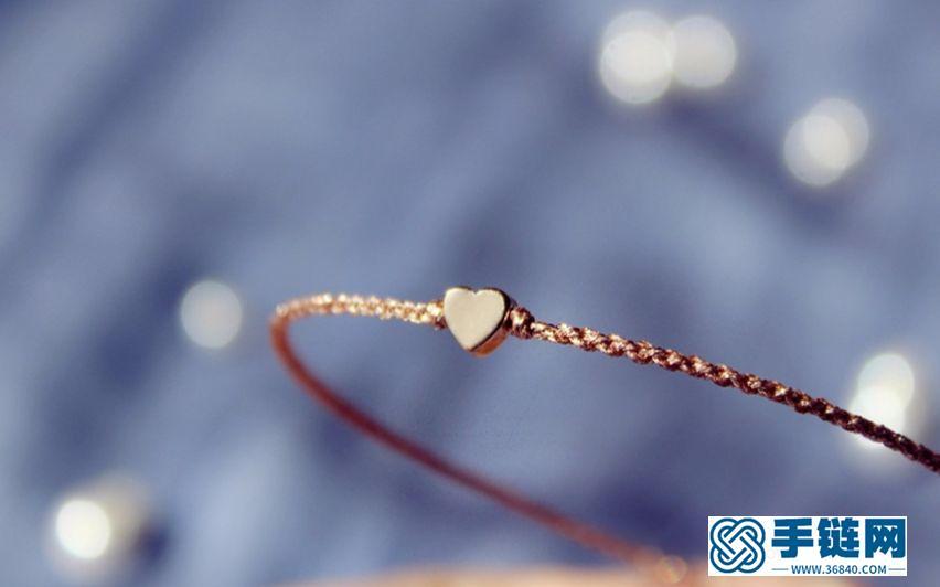 金枝玉叶 闪亮亮的玫瑰金线爱心手绳 据说玫瑰金色很受欢迎呢 粉色与金色的完美结合