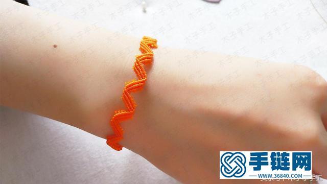 红绳手链这样做,简直太好看了,简单又大方